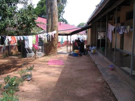sanyu-laundry.jpg