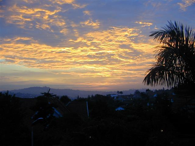 sunrise2-small.JPG